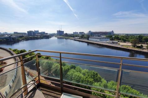IMPERIAL POINT, M50 3RA. 1 bedroom apartment