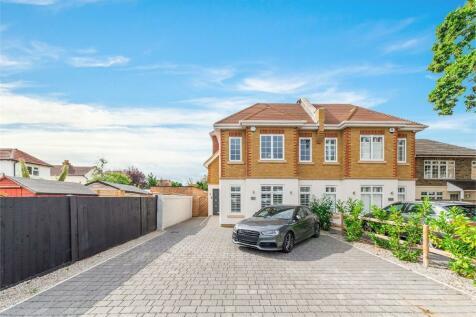 Queens Road, Hersham, WALTON-ON-THAMES, Surrey, KT12. 4 bedroom semi-detached house for sale