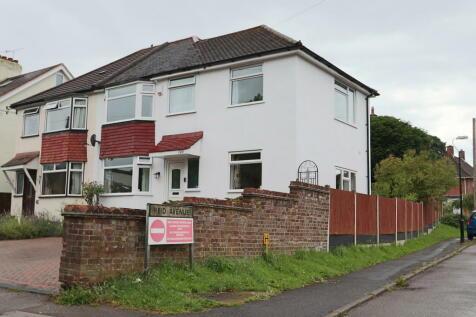Foxon Lane, Caterham. 4 bedroom semi-detached house