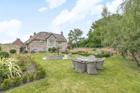 Trull 0.56 Acre. 4 bedroom detached house for sale