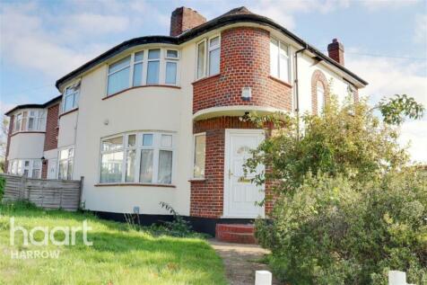 Beverley Gardens, Stanmore, HA7. 3 bedroom detached house