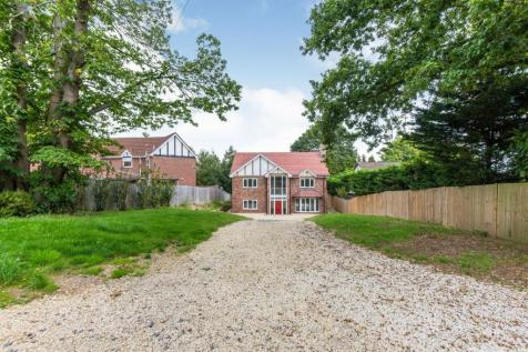 Moorhill Road, West End, Southampton. 5 bedroom detached house
