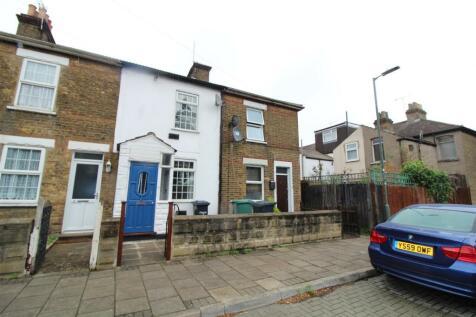 Kings Road, Waltham Cross. 3 bedroom terraced house