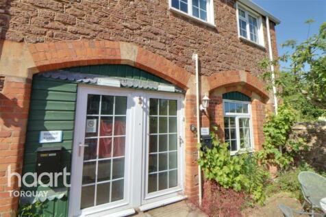 Brunel Manor, TQ1. 2 bedroom end of terrace house