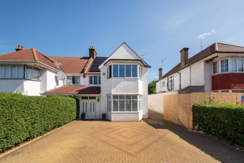 Chatsworth Road, Mapesbury Estate, London, NW2. 5 bedroom house for sale