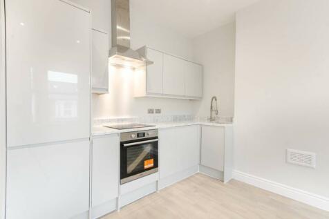 Douglas Road, Brondesbury, London, NW6. 2 bedroom flat