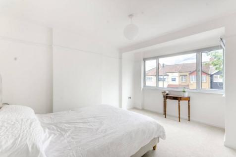Windermere Road, Streatham, London, SW16. 4 bedroom terraced house