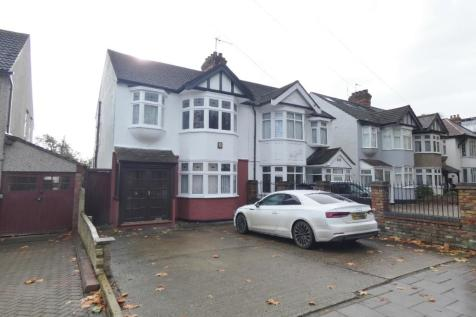 Main Road, Romford, RM1. 3 bedroom semi-detached house for sale