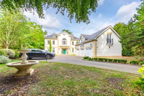 Friary Road, Ascot, Berkshire, SL5. 8 bedroom detached house for sale