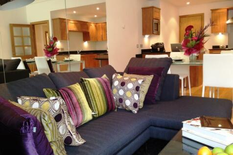 Grainger Street, Newcastle. 2 bedroom flat