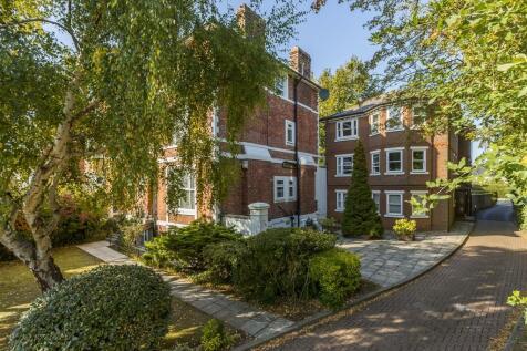Lansdowne Road, TUNBRIDGE WELLS. 2 bedroom flat