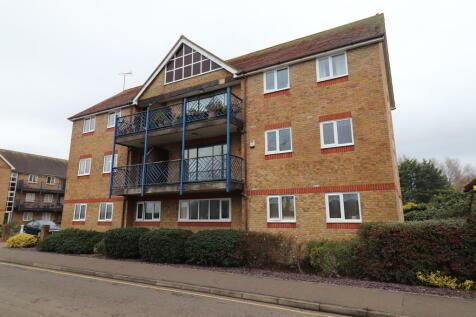 Belvedere Road, Burnham-on-Crouch. 2 bedroom apartment