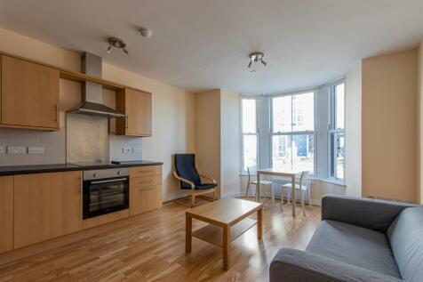 Churchill Way, City Centre. 2 bedroom flat