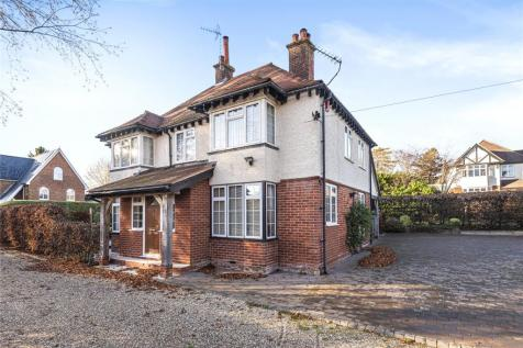 Andover Road, Winchester, Hampshire, SO22. 4 bedroom detached house for sale