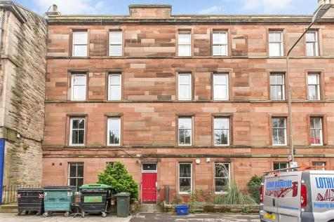 East Mayfield, Edinburgh EH9 1SE. 3 bedroom flat