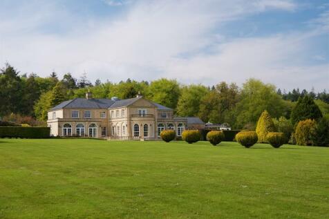 Chineway Farm, Sidbury. 8 bedroom manor house for sale