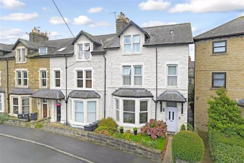 Grove Park Terrace, Harrogate, North Yorkshire. 6 bedroom terraced house