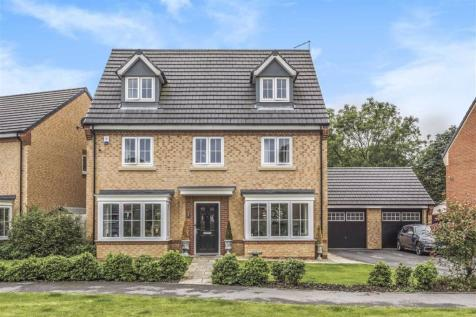 Rowan Close, Harrogate, North Yorkshire. 5 bedroom detached house