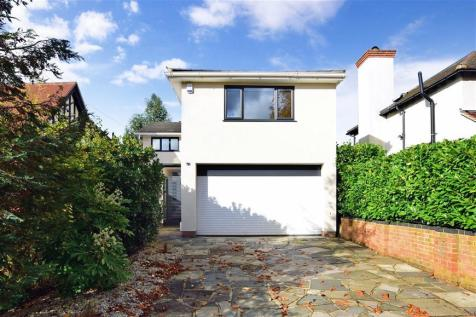 The Uplands, Loughton, Essex. 4 bedroom detached house for sale