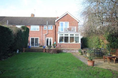 Hadlow Road, Tonbridge. 4 bedroom semi-detached house for sale