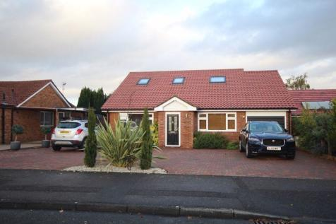 Barchester Way, Tonbridge. 5 bedroom detached bungalow for sale
