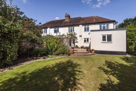 Hadlow Road, Tonbridge. 3 bedroom semi-detached house for sale