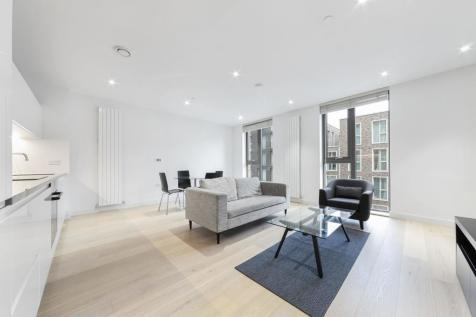 Commodore House, 8 Admiralty Avenue, Royal Wharf, London, E16. 1 bedroom apartment
