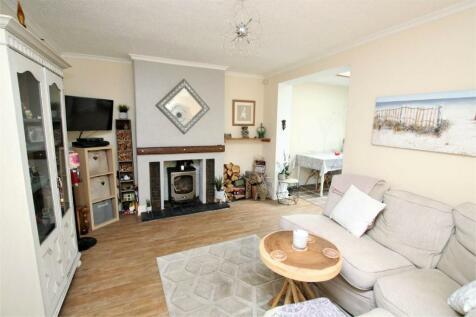 Denmark Road, Heckford Park, POOLE, Dorset. 3 bedroom terraced house