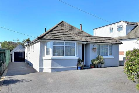Eastlake Avenue, Parkstone, POOLE, Dorset. 3 bedroom detached bungalow