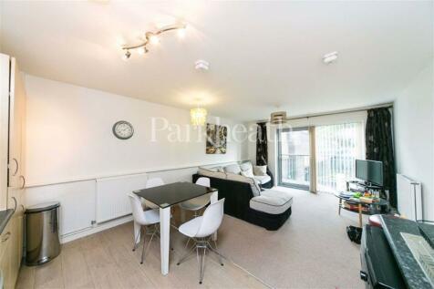 Belsize Road, South Hampstead, London. 1 bedroom flat