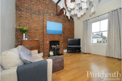 Priory Road, South Hampstead, London. 1 bedroom flat