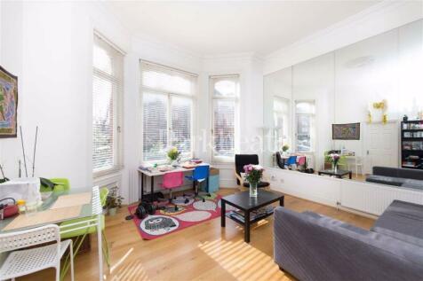 Eton Avenue, Belsize Park, London. 1 bedroom flat