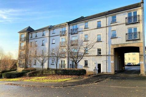 3 Edmund Place, Dunfermline. 2 bedroom flat