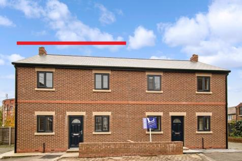 24 Whalley Street, Cheshire, WA1 3AQ. 3 bedroom semi-detached house for sale