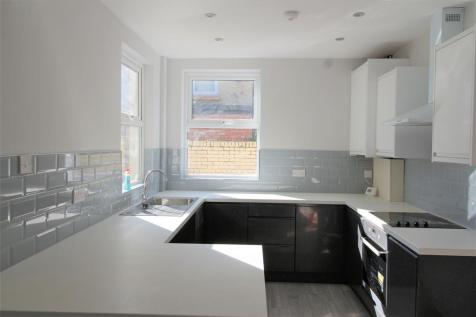 Adelaide Road, Liverpool, L7 8SG. 4 bedroom terraced house