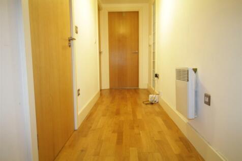 Standish Street, Liverpool, L3 2BD. 2 bedroom flat