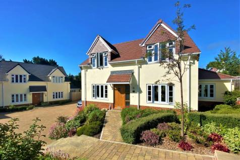 Coombe Hayes, Sidmouth, Devon. 3 bedroom detached house
