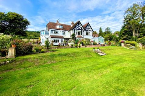 Boughfield, Bickwell Valley, Sidmouth, Devon. 4 bedroom apartment