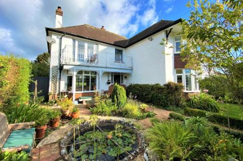 Sidford High Street, Sidford, Sidmouth, Devon. 3 bedroom detached house