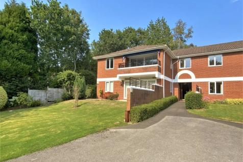 Bickwell Court, Bickwell Valley, Sidmouth. 2 bedroom apartment