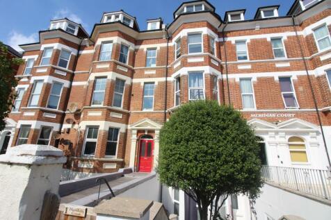 21 Jevington Gardens, Eastbourne. 2 bedroom flat