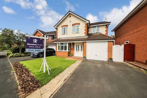 Havenwood Road, Whitley, Wigan. 4 bedroom detached house