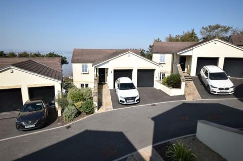 Crest Heights, Portishead.. 4 bedroom detached house for sale