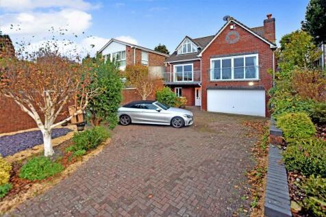 Hillcrest Road, Portishead. 4 bedroom detached house for sale