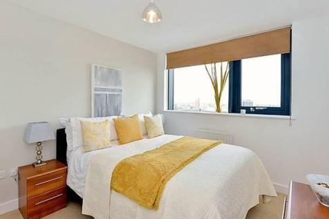 Ernest Street, London, E1. 1 bedroom flat share