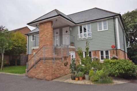 Pennington, Lymington, Hampshire, SO41. 2 bedroom apartment