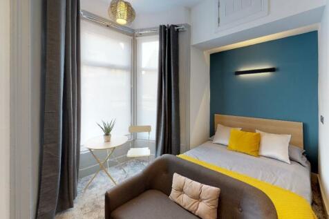 Chester Road, Sunderland, Tyne And Wear, SR4. 1 bedroom apartment