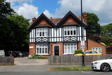 Lamesley House, 30 High Town Road, Maidenhead, Berks, SL6. 1 bedroom apartment
