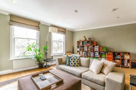 Central Street, Clerkenwell, London, EC1V. 3 bedroom house