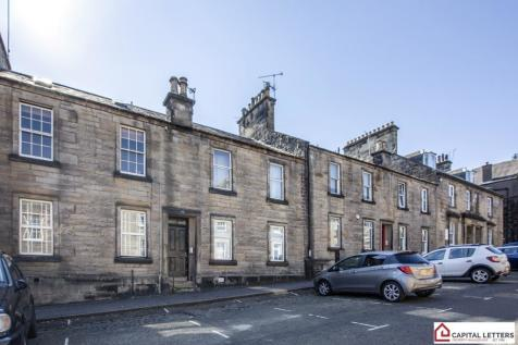 Queen Street, Stirling Town, Stirling, FK8 property